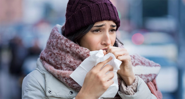 इस मौसम में हल्के में न लें खांसी-जुकाम, हो सकती हैं ये गंभीर बीमारियां